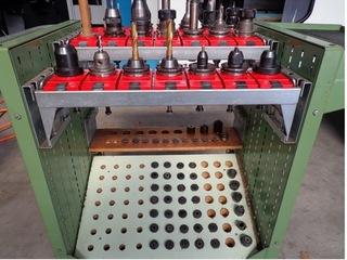 Fresatrice YCM Supermax V 168 A, A.  1998-9