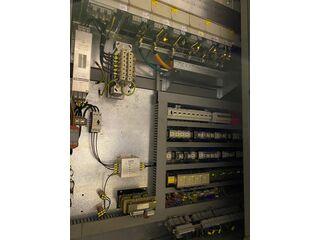 Fresatrice DMG DMU 200 P-10