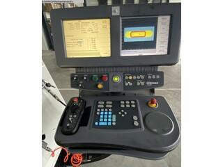 Fresatrice Hurco VMX 24 T-5